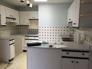 Adam's kitchen before renovation